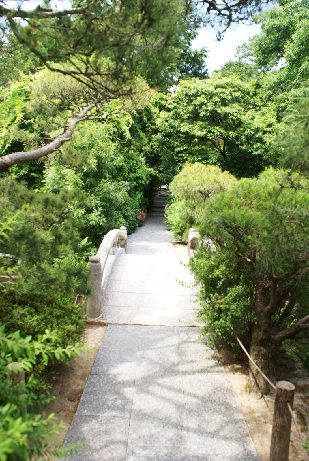 ryoan ji buddhist temple garden kyoto kansai japan asia