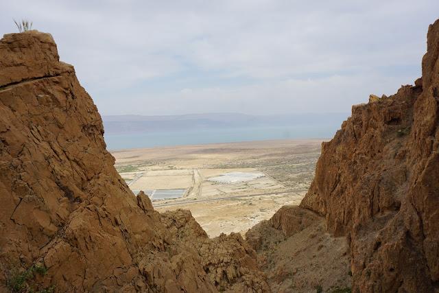 קומראן- המגילות הגנוזות בים המלח