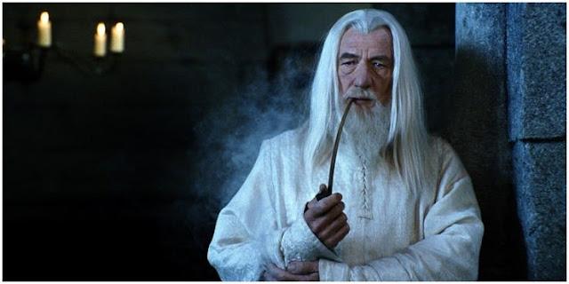 Dumbledore Vs. Gandalf: Siapa Penyihir yang Lebih Baik?