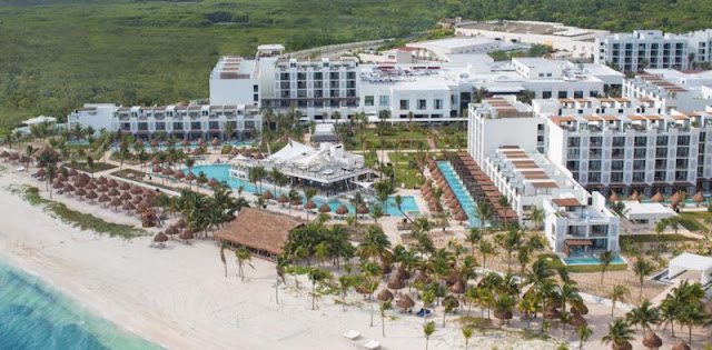 Finest Playa Mujeres by Excellence Group - All inclusive is set next to Cancun on a peninsula with pristine virgin beaches and endless sand dunes, where contemporary and lucent architecture can be contemplated while overlooking the deepest Caribbean blue.
