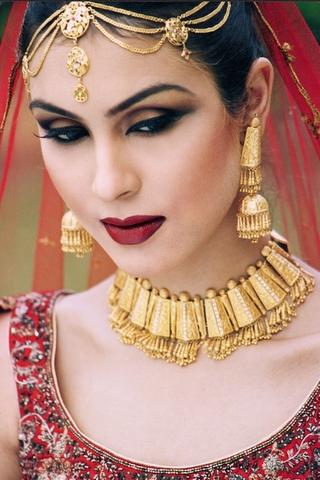 Fashion World Latest Fashion Pakistan Bridal Make Up
