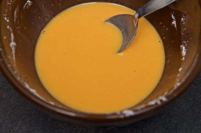 Bird's custard - cream - crème anglaise - Custard powder - dessert - cuisine - flan - pudding