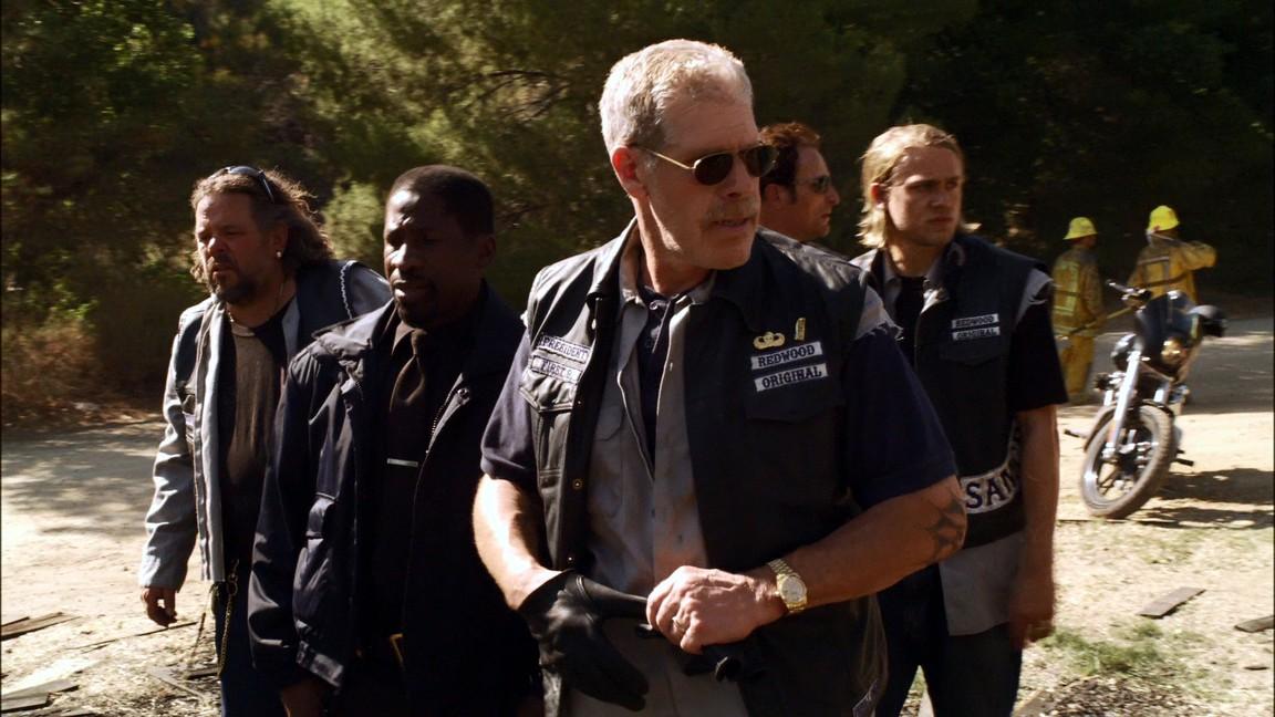 Sons Of Anarchy - Season 1 Episode 1: Pilot