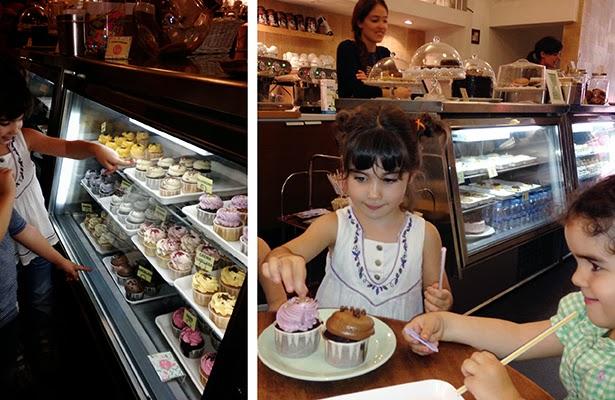 Degustando Cupcakes en Lolita Bakery
