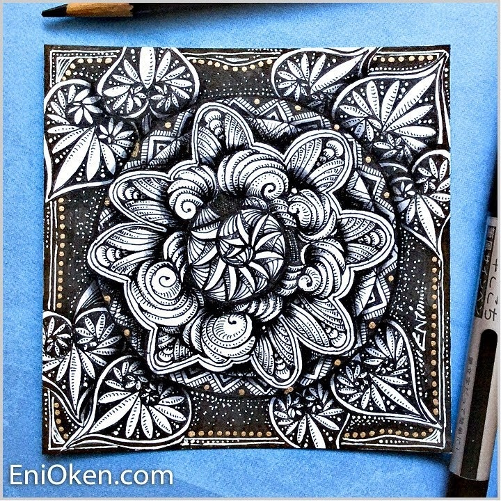 06-Zendala-Eni-Oken-Color-and-Black-and-White-Zentangle-Drawings-www-designstack-co