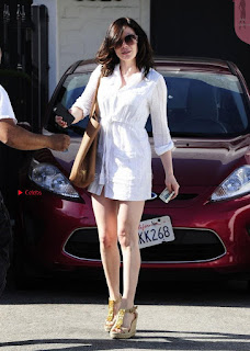 Rose-McGowan-Beverly-Hills-6+%7E+SexyCelebs.in+Exclusive.jpg