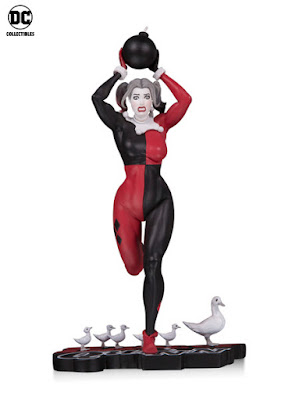 NYCC 2018 DC Collectibles Harley Quinn Red, White & Black By Frank Cho statue