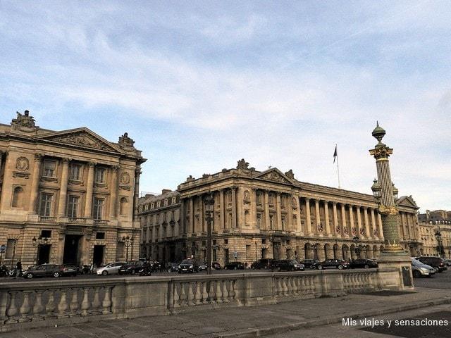 sede del Ministerio de la Marina y el Hotel de Crillon, Place de la Concorde, París