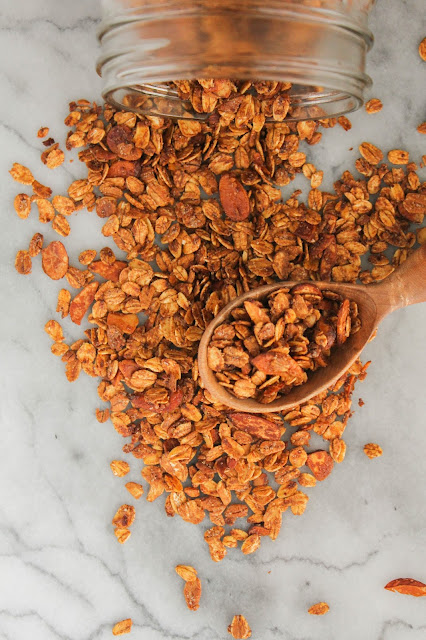 Simple Vanilla Almond Granola | The Chef Next Door