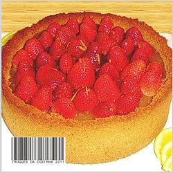Cheesecake tradicional com base de biscoito e morango