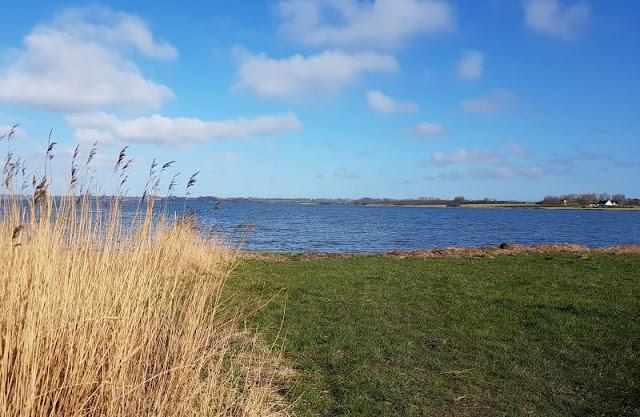 Ein Inselausflug nach Kegnæs. Die Insel im Süden von Als ist über einen Damm erreichbar, dort ist die Natur besonders schön.