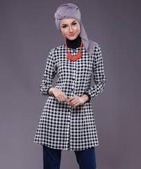Model Baju Muslim Wanita Motif Kotak Lengan Panjang