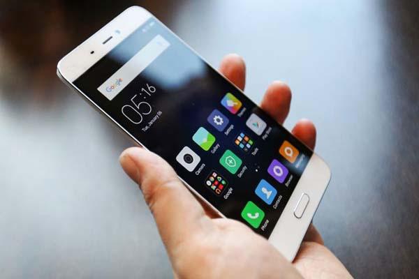 स्मार्टफोन पर्यावरण के लिए बडा खतरा