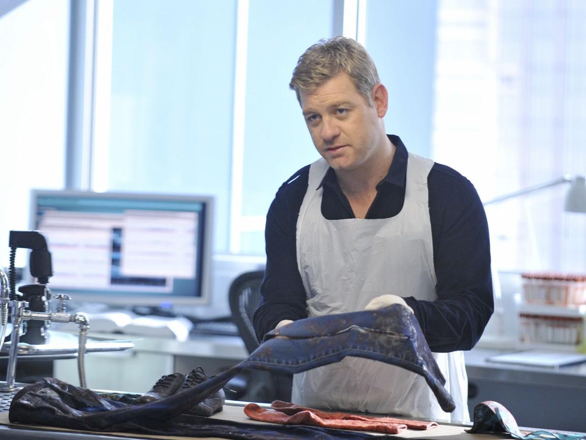 Body of Proof - Season 2 Episode 17: Identity