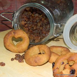 Κουλουράκια με πετιμέζι και σταφίδες-Grape molasses raisin cookies