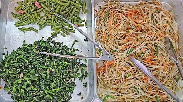 green beans, mustard grens, Yaki Soba, trays