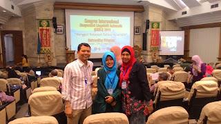 Arum Nur Wijayanti, A Student of English Education Department, Muhammadiyah University of Metro, Presents Her Research Project in the Linguistics International Congress (KIMLI) in Bali