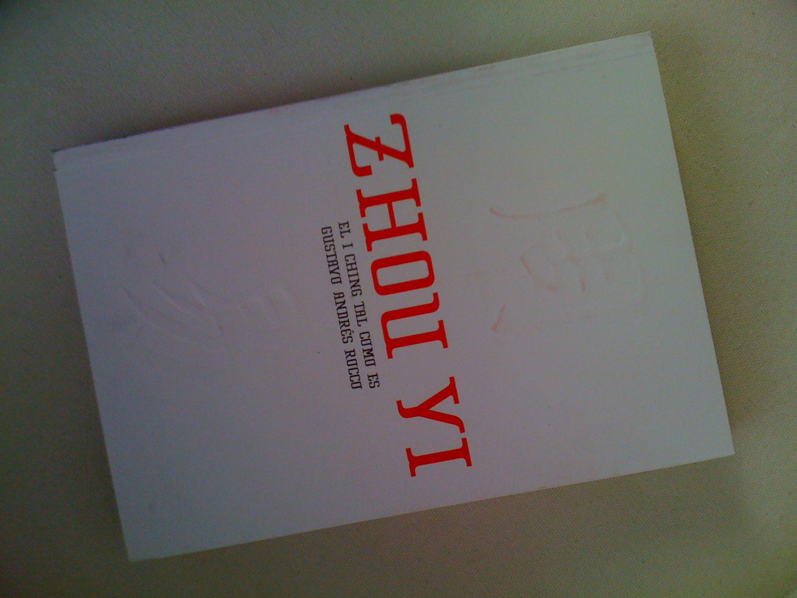 Capa do livro Zhou Yi, sobre o I Ching, o Livro das Mutações