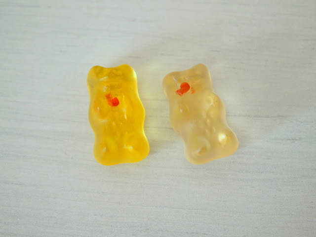 6 Ways to Play with Gummy Bears - Fun and tasty STEM activity to do with the kiddos!