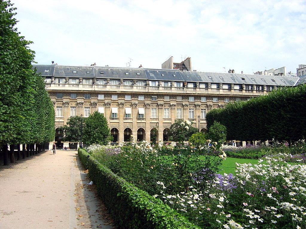 Beautiful Waterfalls A Walk To The Jardin Du Palais Royal Gardens