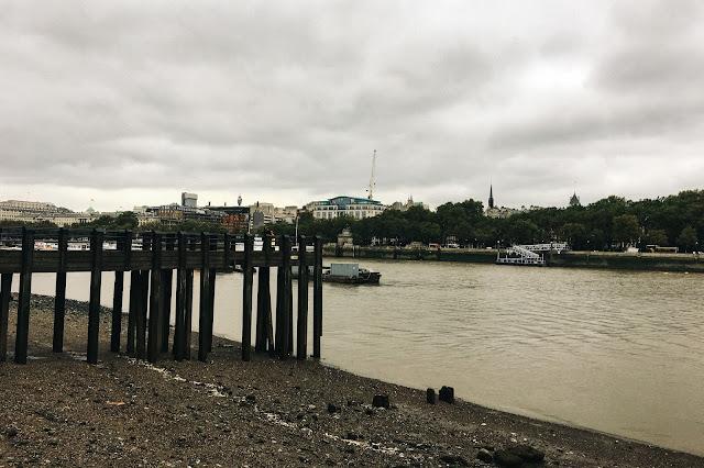 テムズ・パス(Thames Path)からの眺め