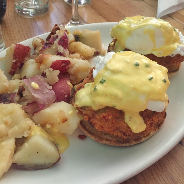 eat in boston, restaurants in boston, best brunch in boston, eggs benedict in boston, french toast in boston, restaurants in boston