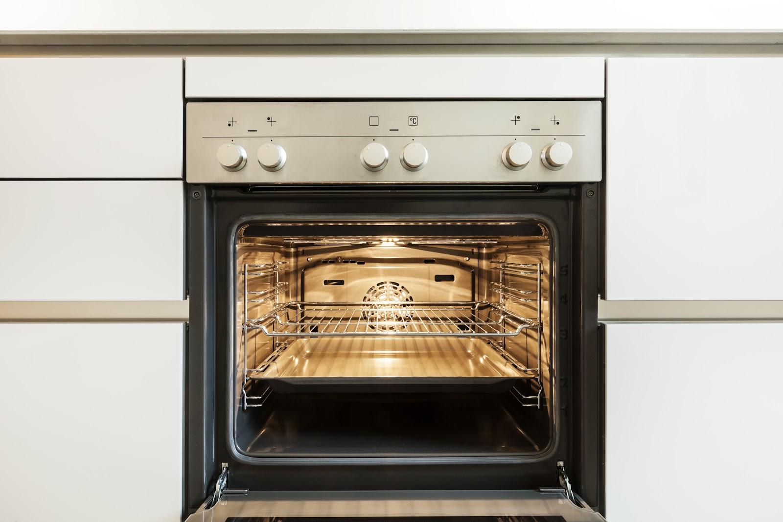 Hogar diez 10 trucos para limpiar tu hogar con bicarbonato - Limpiar horno con bicarbonato y vinagre ...