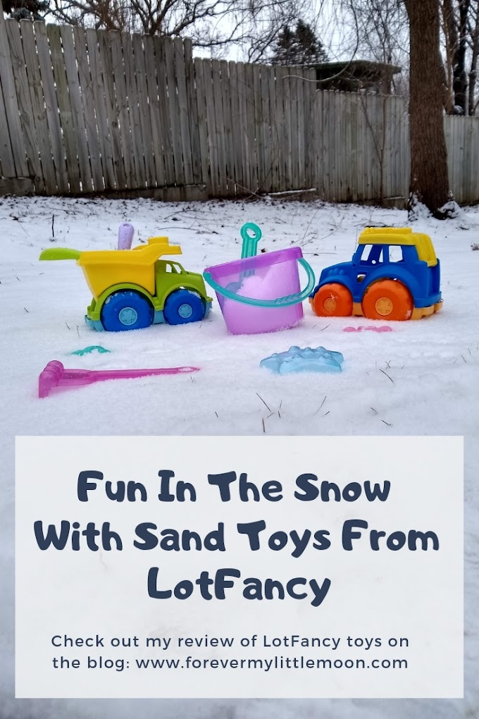 Fun In The Snow With Sand Toys From LotFancy