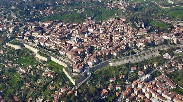 abbraccio-delle-mura-Bergamo