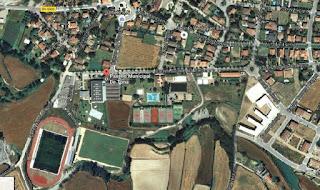 https://www.google.es/maps/dir//Pavell%C3%B3+Municipal+De+Tona/@41.8467344,2.2199886,609m/data=!3m1!1e3!4m8!4m7!1m0!1m5!1m1!1s0x0:0x50100ae9cbdec2!2m2!1d2.2183424!2d41.84702