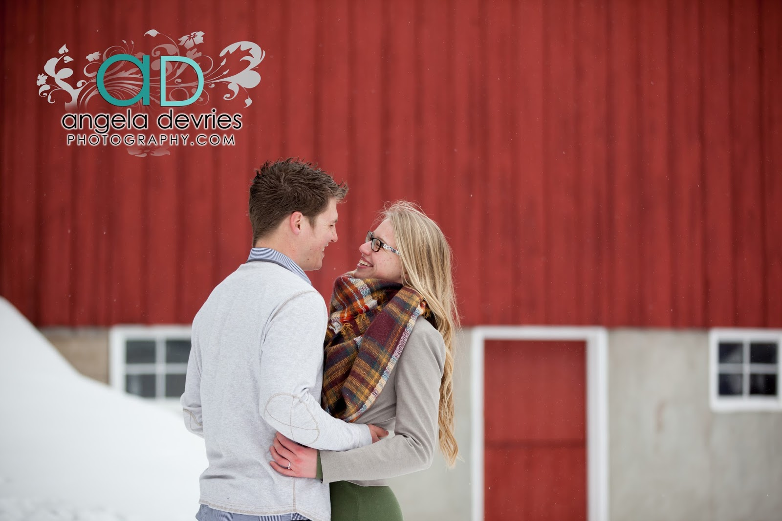 Angela DeVries Graphy Matthew Stubbe & Ellen Hoeve Are Engaged