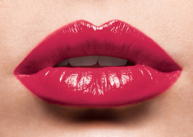 BEAUTY TIPS: THE ULTIMATE GUIDE TO MAKE FULLER LIPS
