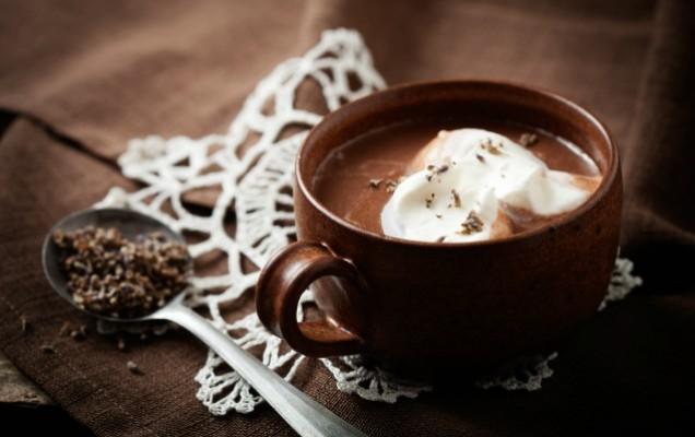 Πλούσια, ζεστή σοκολάτα