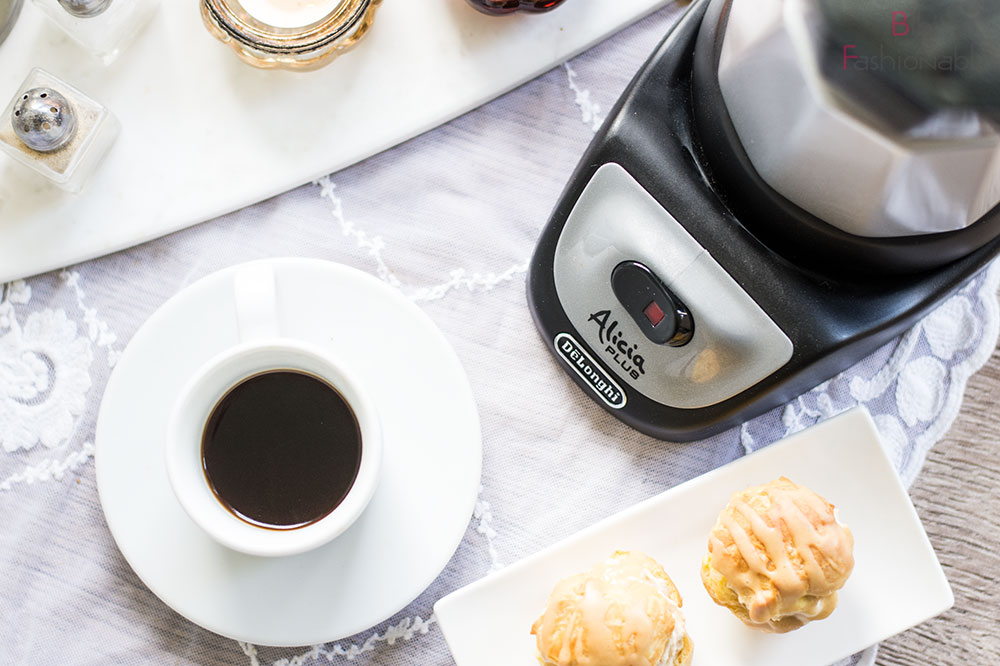 But first Coffee DeLonghi Alicia Flatlay