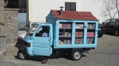 Perpustakaan motor modifikasi - Sekitar Dunia Unik