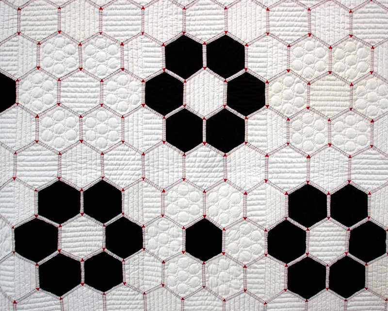 Tokyo International Quilt Festival 2018 | Tile Quilt - Hexagon Quilt | © Red Pepper Quilts 2018