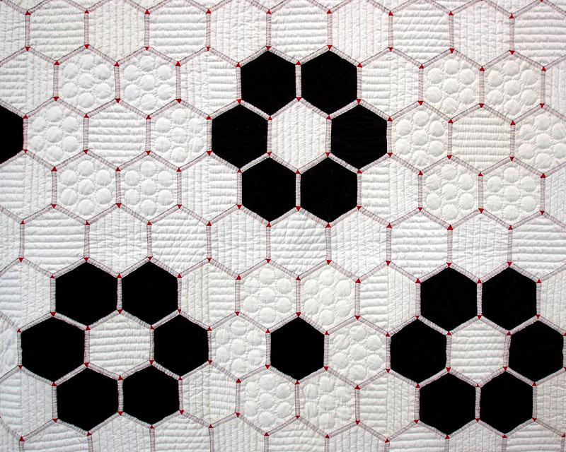 Tokyo International Quilt Festival 2018 | Tile Quilt - Hexagon Quilt | © Red Pepper Quilts 2018