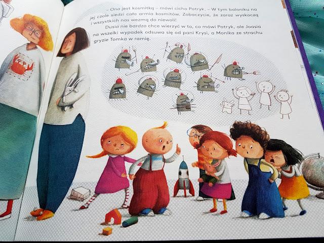 Dusia i Psinek Świnek nikt się nie boi - Justyna Bednarek - Marta Kurczewska - książeczki dla dzieci - Nasza Księgarnia - Potwory do szafy - Granna - gry dla dzieci - planszówki dla dzieci - gry planszowe