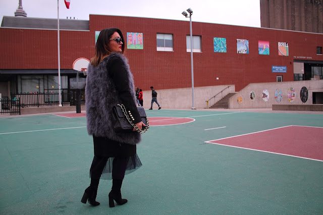 Fur coat, Toronto best fashion blogger, Toronto blogger, Canadian fashion blogger, winter layering, over the knee boots, zara coat, how to stay warm in winter, Canadian winter dressing, black zara coat, how to wear fur, how to wear fur vest, all black outfit