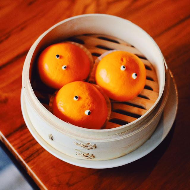 Steamed Custard Buns with Salted Egg Yolk