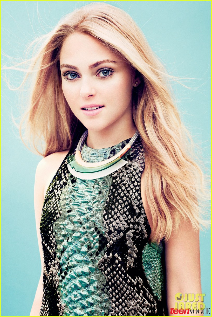 Young Celebrity Photo Gallery Michelle Pfeiffer As Young: Celeb Diary: AnnaSophia Robb In Teen Vogue (februarie 2013