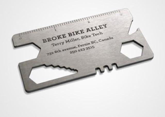 Bạn sẽ có một bộ công cụ sửa xe đạp gọn nhẹ khi nhận danh thiếp từ cửa hàng sửa xe đạp Broke Bike Alley