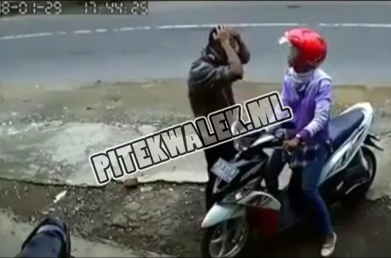 Video Pria Pukul Kepala Pakai Batu Karena Bertengkar Dengan Kekasihnya