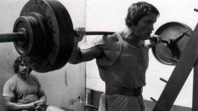 3 najlepsze ćwiczenia. Królowie siłowni.