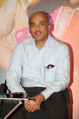sooraj-barjatya-encourages-fresh-thoughts