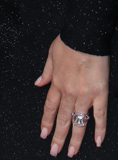 mariah carey 35 carat engagement ring worth