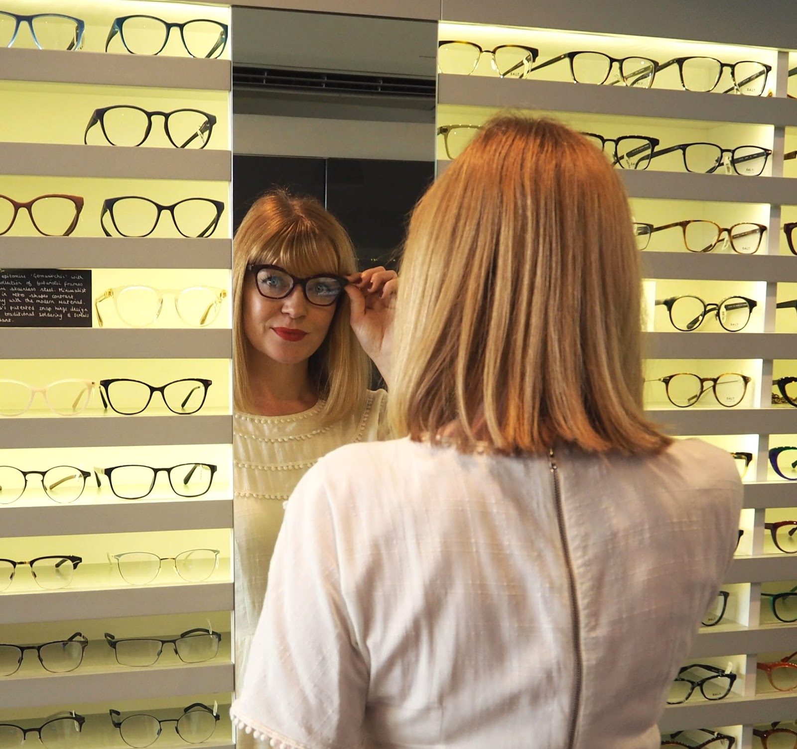 What Lizzy Loves choosing spectacle frames at Eyeworks, London