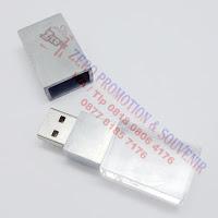 Usb bentuk crystal FDSPC26 - USB CRYSTAL FDSPC26