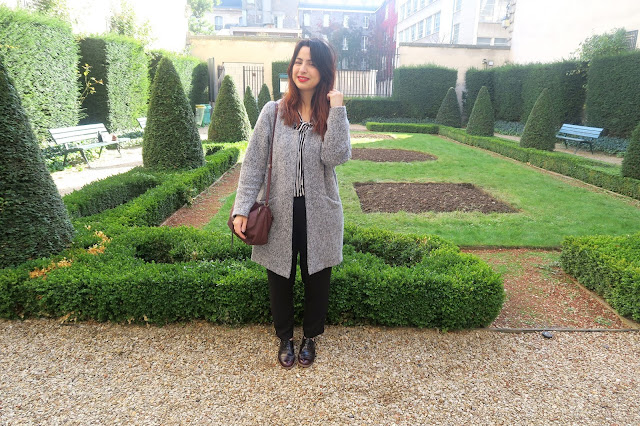 outfit, tenue, ronde , curvy girl, working , travail, blouse, pantalon à pinces, le blog d'une tunisienne, blogueuse tunisienne,