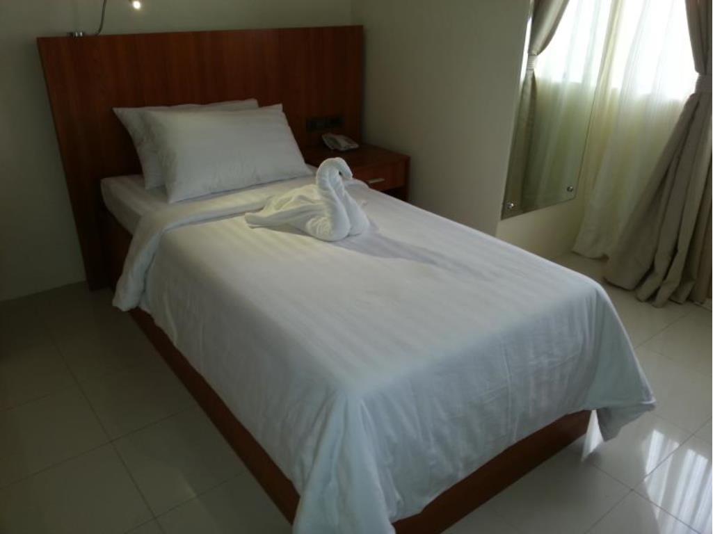 PARKWAY HOTEL SURIGAO DEL NORTE